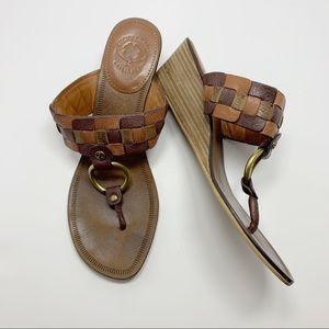 Lucky Brand Leather Wood Thong Wedge Sandals 8.5